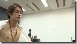 Tackey & Tsubasa in Dakinatsu jacket making of (35)