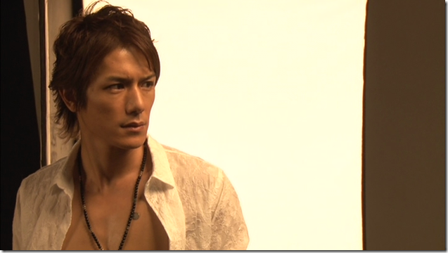 Tackey & Tsubasa in Dakinatsu jacket making of (37)