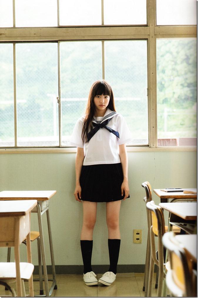 志田 友美ファーストソロ写真集 (27)