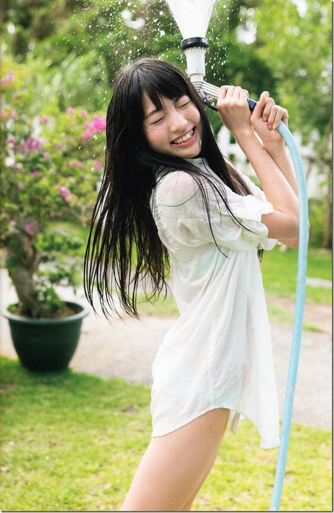志田 友美ファーストソロ写真集 (30)