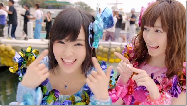 AKB48 in Kokoro no placard (10)