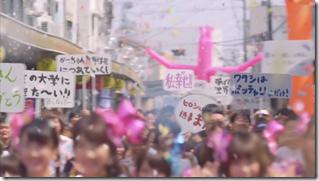 AKB48 in Kokoro no placard (40)