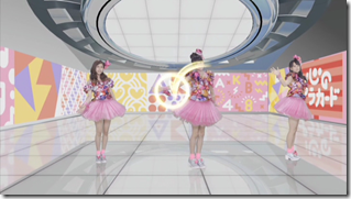 AKB48 Kokoro no placard choreography video type D (Dance movie ver (20)