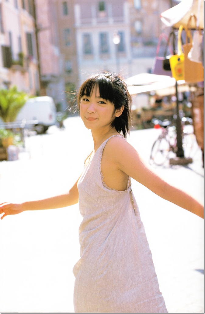 Ikewaki Chizuru tesoro shashinshuu (11)
