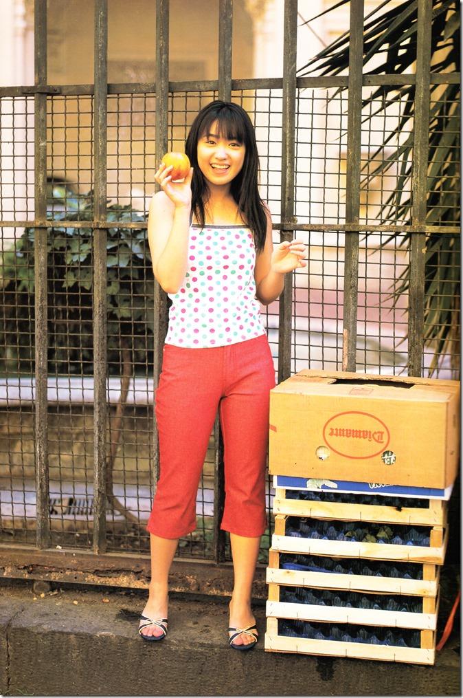 Ikewaki Chizuru tesoro shashinshuu (14)