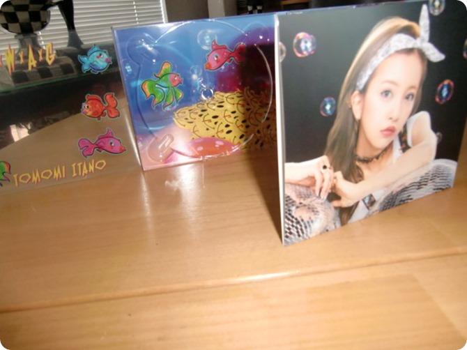 Itano Tomomi SxWxAxG album first pressing (2)