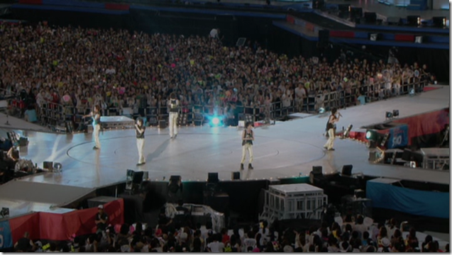 ARASHI in Anniversay Tour 5x10 (22)