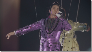 ARASHI in Anniversay Tour 5x10 (73)