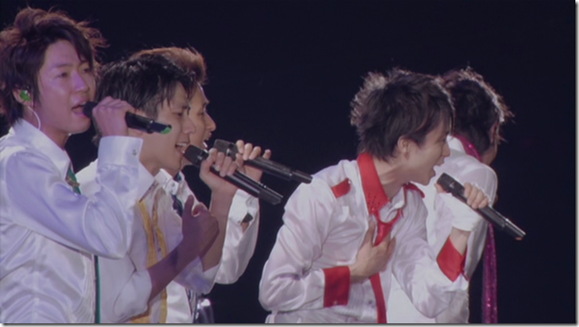 ARASHI in Anniversay Tour 5x10 (80)
