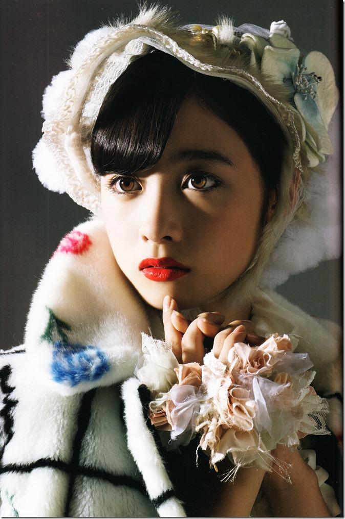橋本環奈写真集 (43)