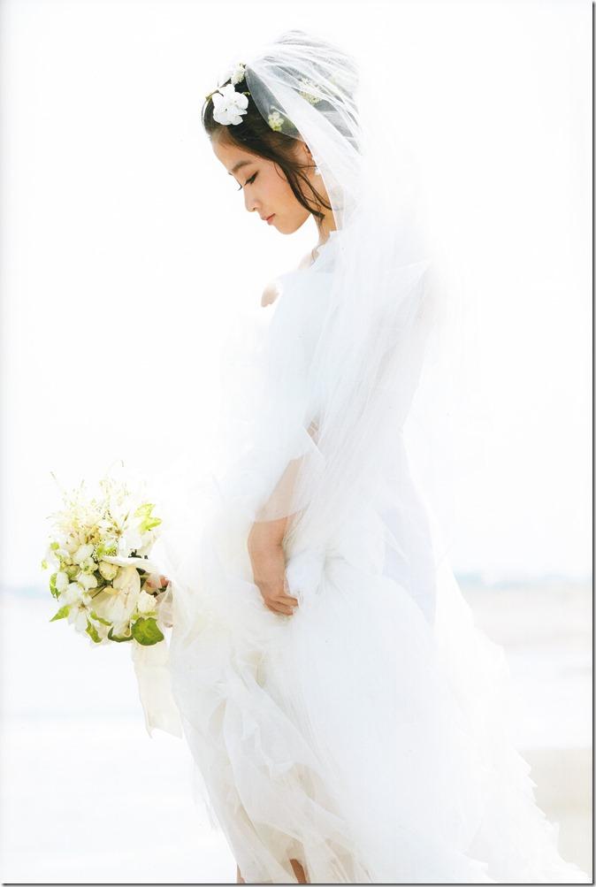 橋本環奈写真集 (68)