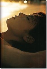 Fukada Kyoko Down to earth shashinshuu (163)