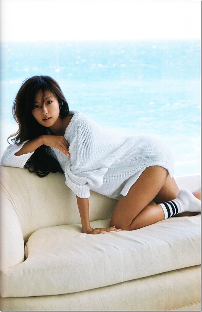 Fukada Kyoko Down to earth shashinshuu (38)