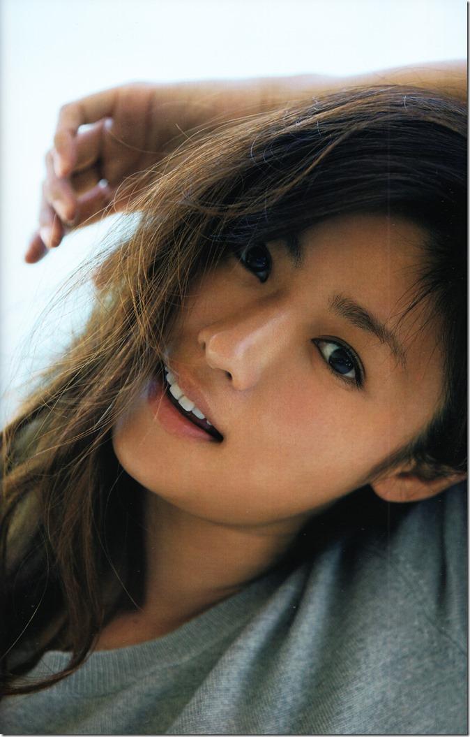 Fukada Kyoko Down to earth shashinshuu (47)