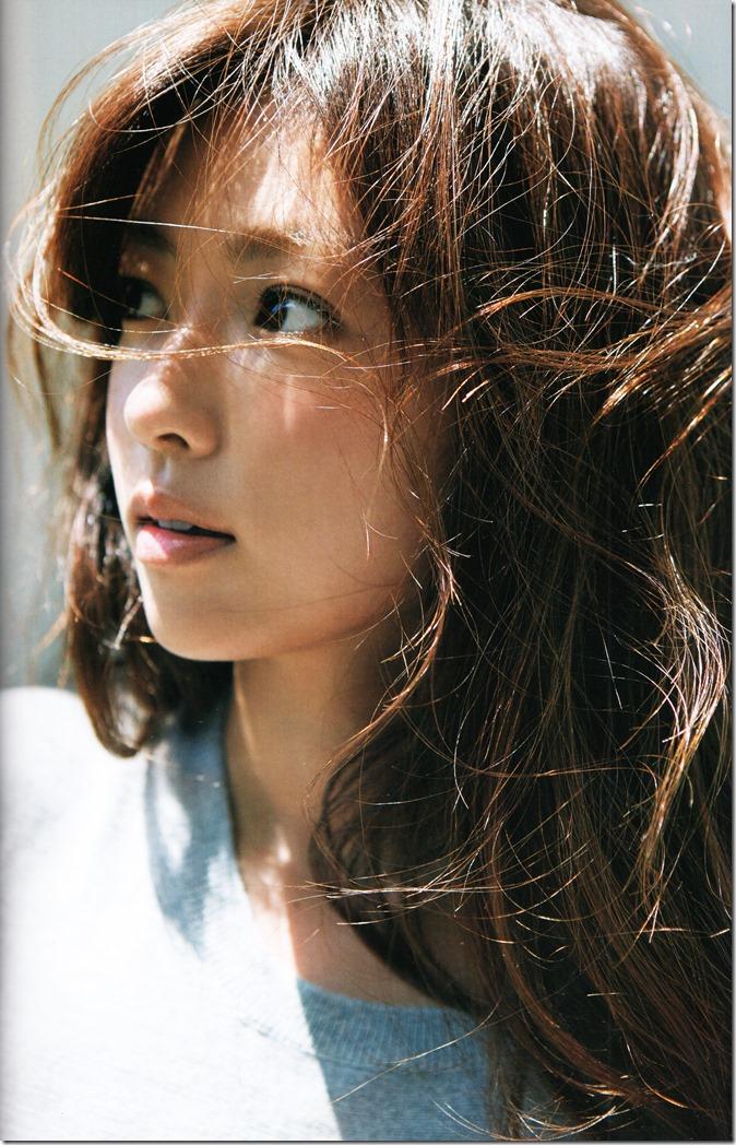 Fukada Kyoko Down to earth shashinshuu (51)