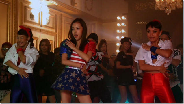 Itano Tomomi in COME PARTY! (making) (32)