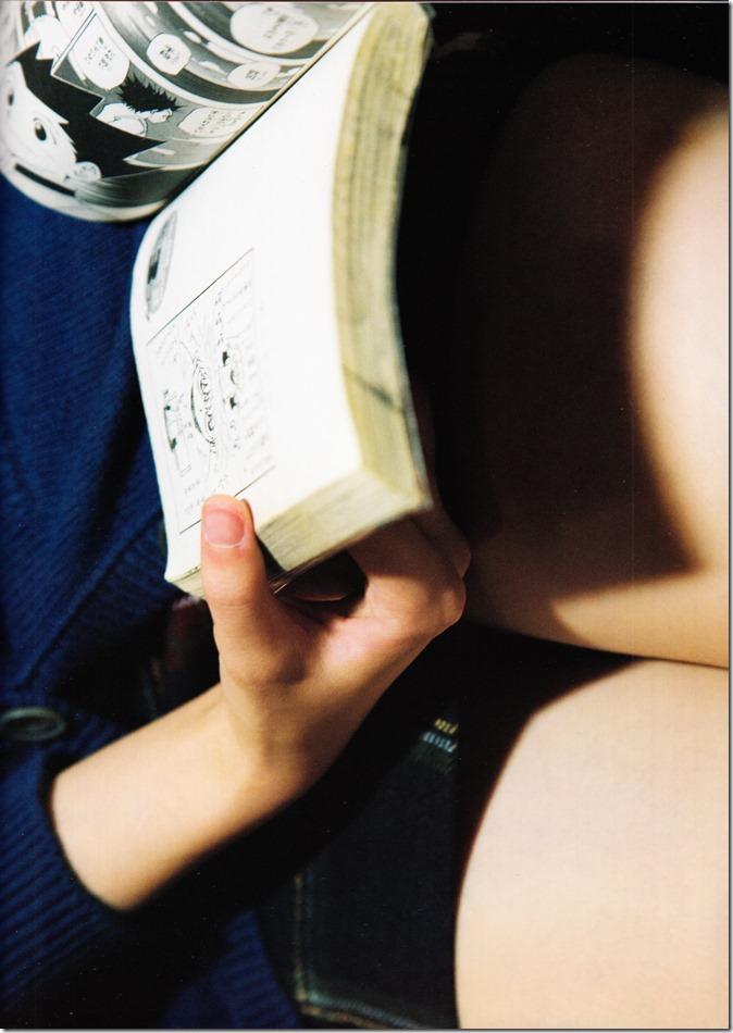 西野七瀬ファースト写真集普段着 (109)