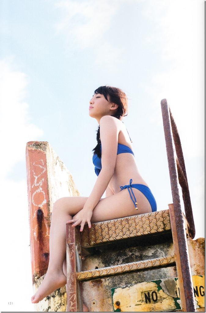 木崎ゆりあファースト写真集ぴーす (127)