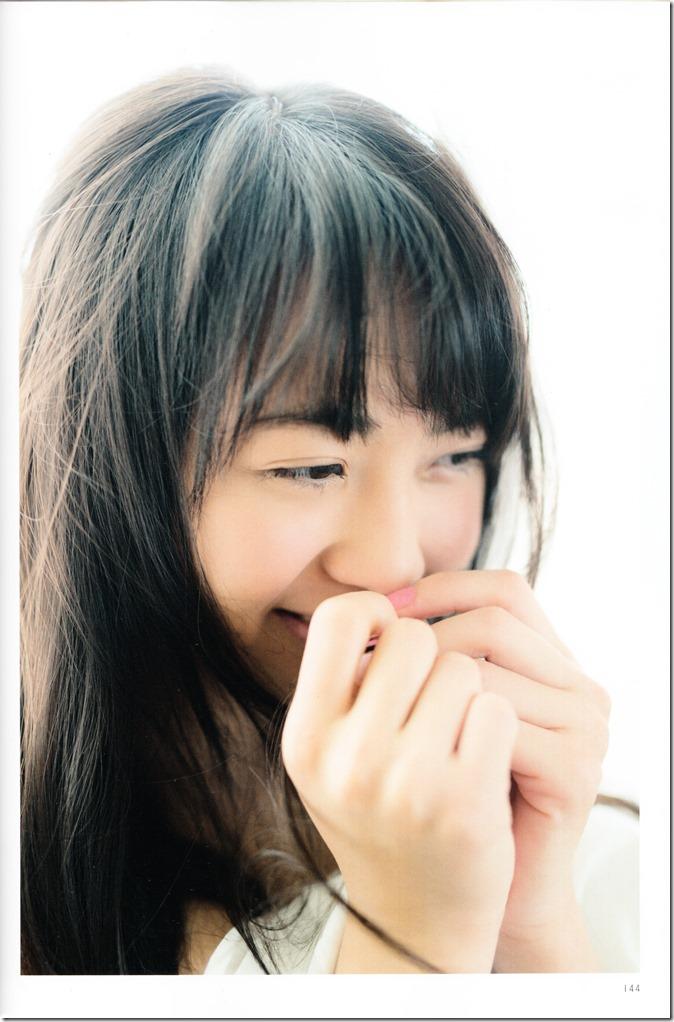 木崎ゆりあファースト写真集ぴーす (150)