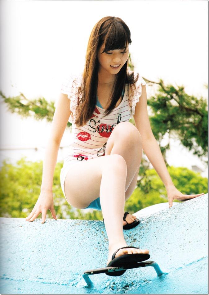 西野七瀬ファースト写真集普段着 (15)