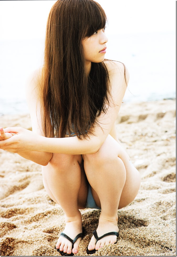 西野七瀬ファースト写真集普段着 (22)