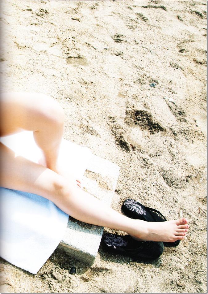 西野七瀬ファースト写真集普段着 (27)
