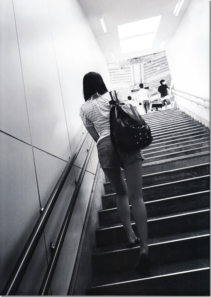 西野七瀬ファースト写真集普段着 (32)