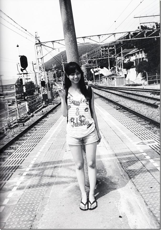 西野七瀬ファースト写真集普段着 (35)