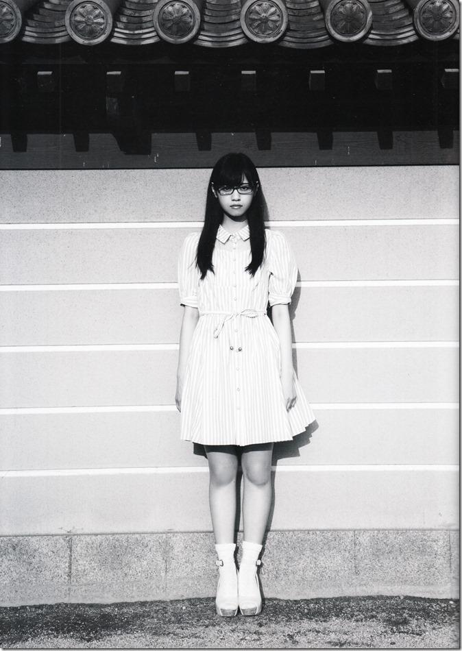 西野七瀬ファースト写真集普段着 (40)