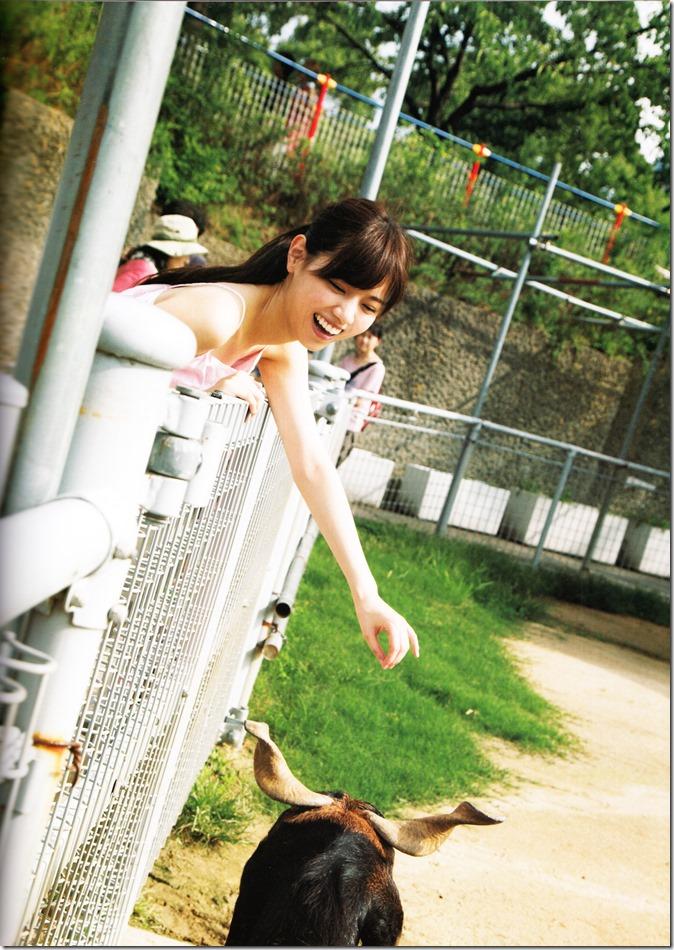 西野七瀬ファースト写真集普段着 (43)