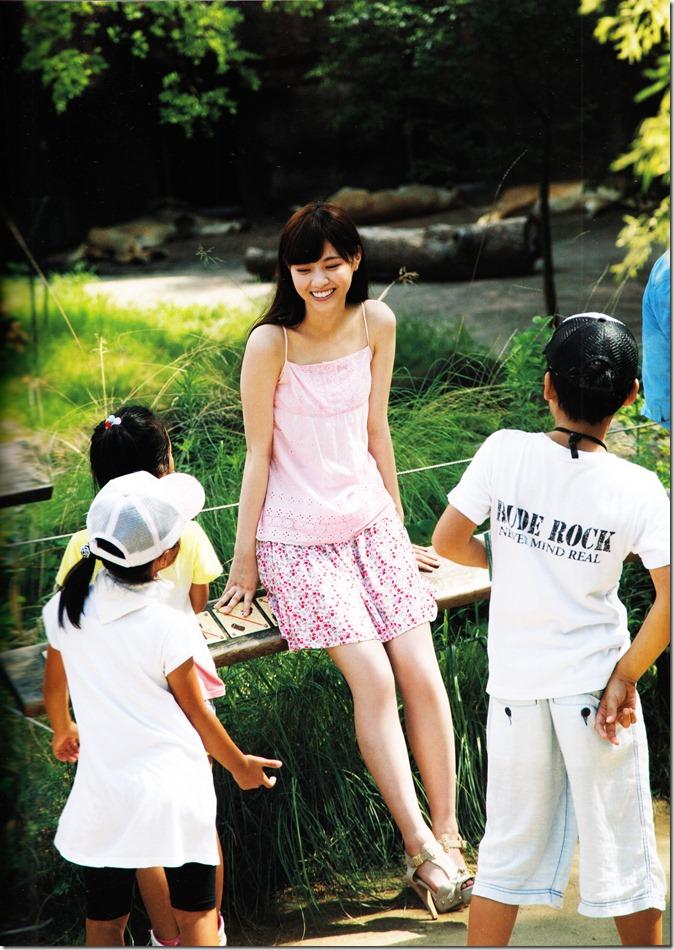西野七瀬ファースト写真集普段着 (45)