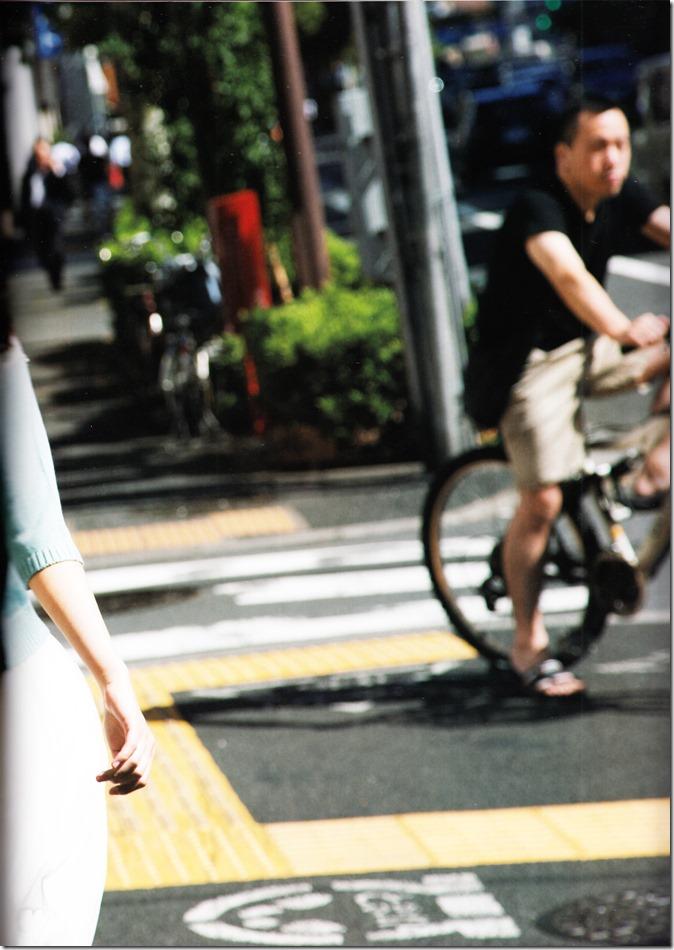 西野七瀬ファースト写真集普段着 (85)