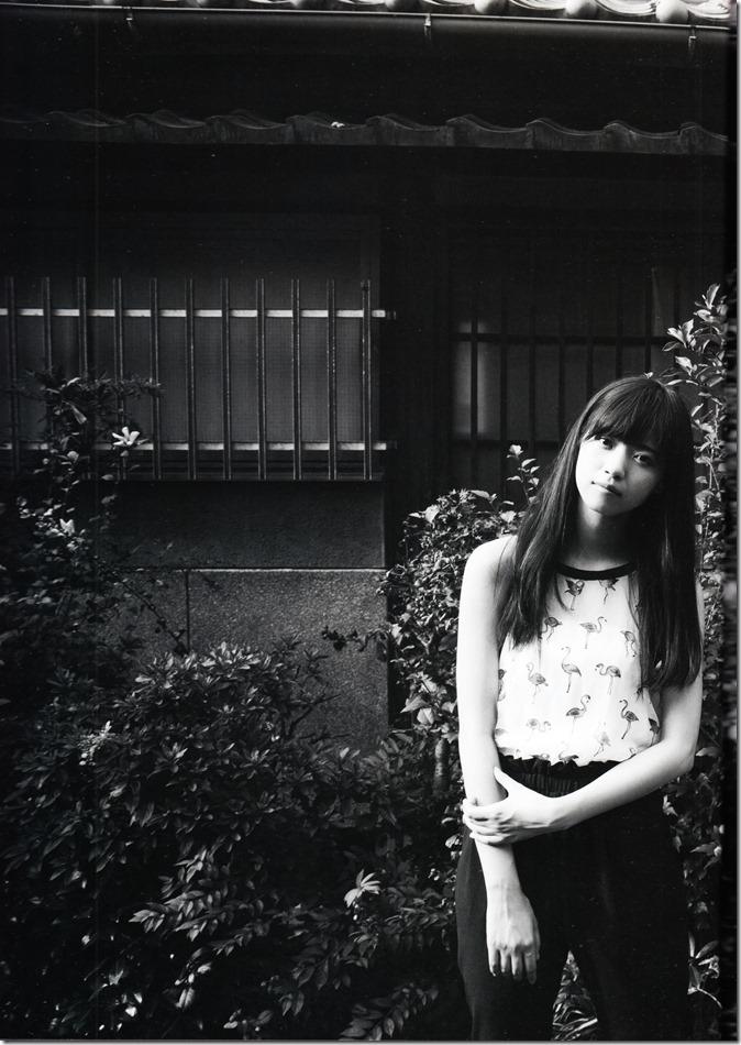 西野七瀬ファースト写真集普段着 (9)
