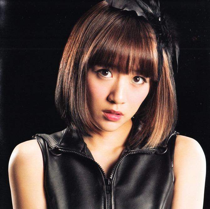 AKB48 in Bokutachi wa tatakawanai (10)