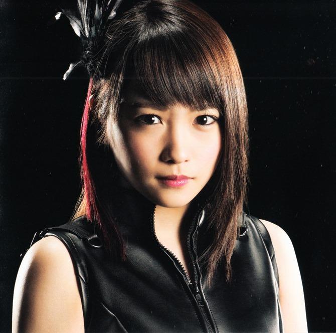 AKB48 in Bokutachi wa tatakawanai (20)