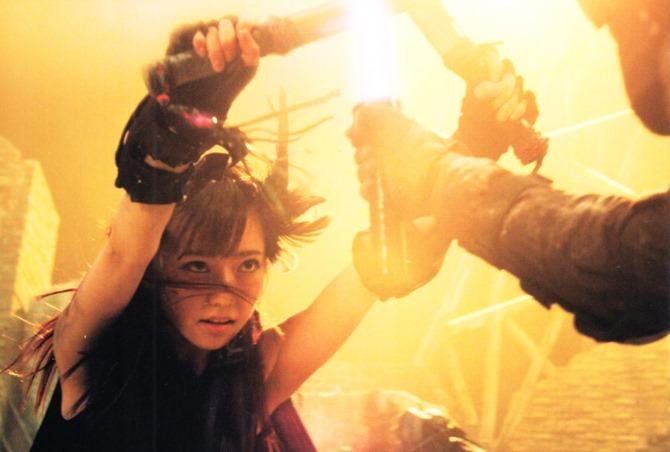 AKB48 in Bokutachi wa tatakawanai (22)