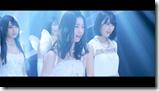 AKB48 in Bokutachi wa tatakawanai (53)