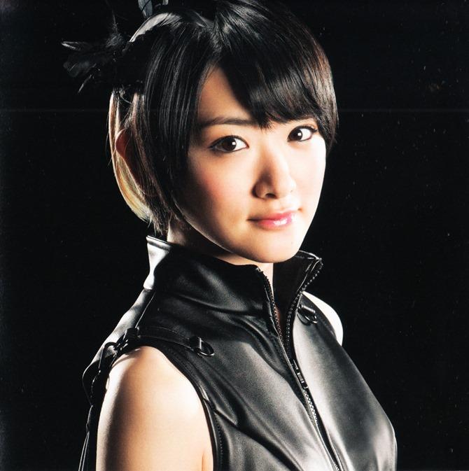 AKB48 in Bokutachi wa tatakawanai (6)