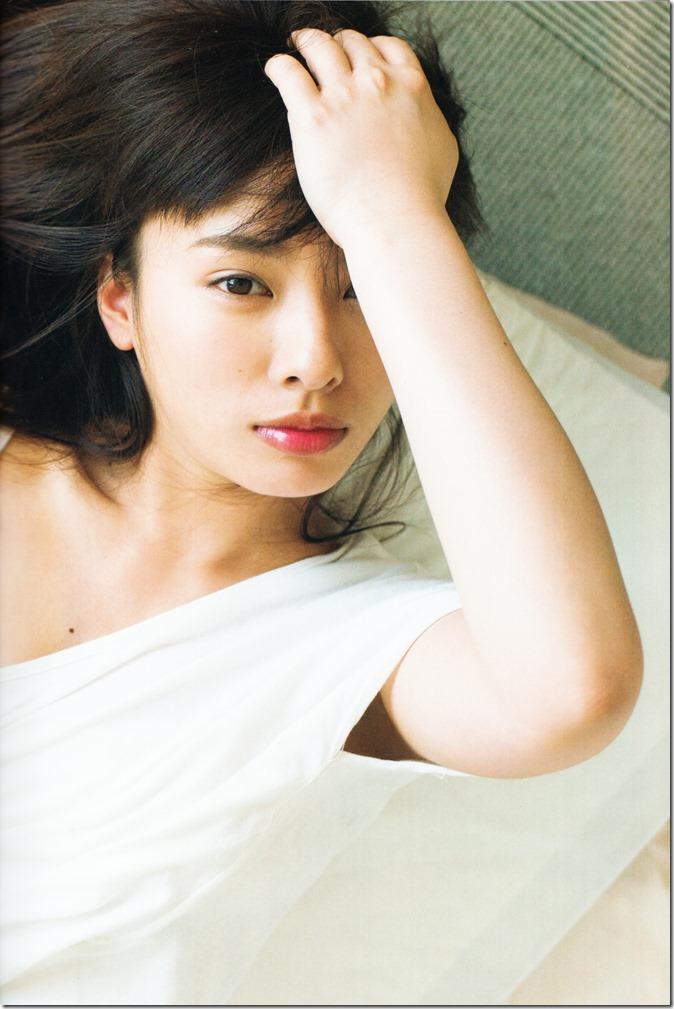 Yamada Nana sotsugyou memorial photo book 4 3=7 shashinshuu (16)