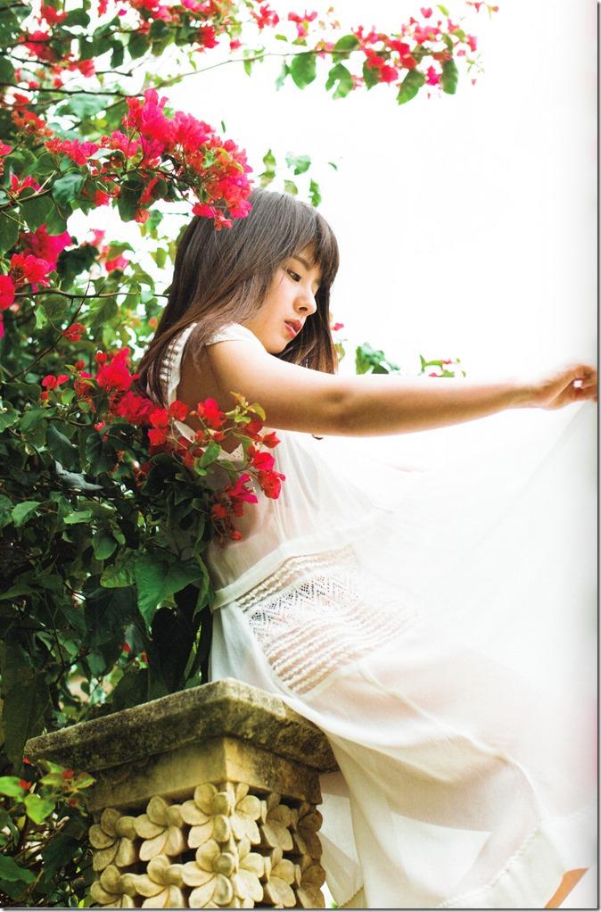 Yamada Nana sotsugyou memorial photo book 4 3=7 shashinshuu (38)
