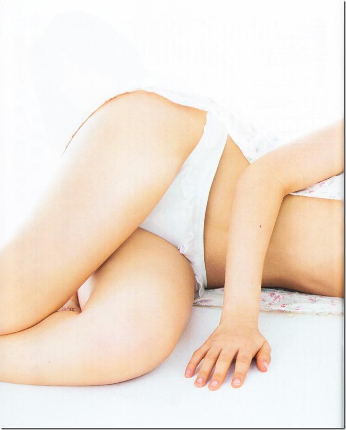 BUBKA July 2015 issue featuring covergirl Miyawaki Sakura (10)
