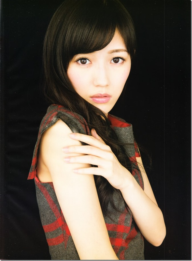 Flash January 6th. 13th 2015 issue featuring covergirl Watanabe Mayu (3)