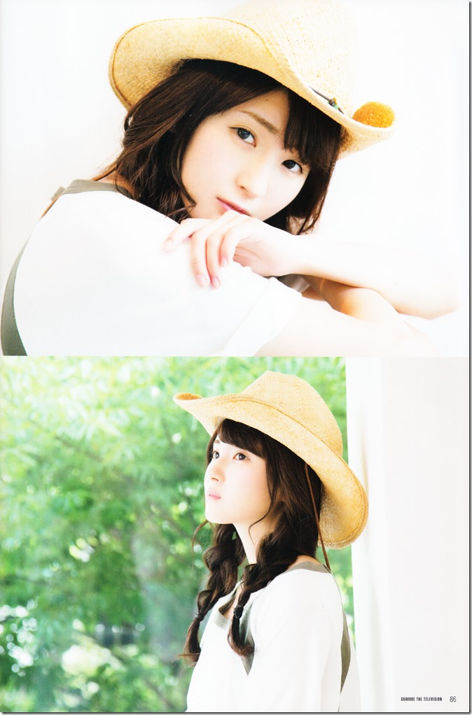 GRAVURE THE TELEVISION Vol.40 June 2nd, 2015 issue featuring Covergirl Miyawaki Sakura (46)