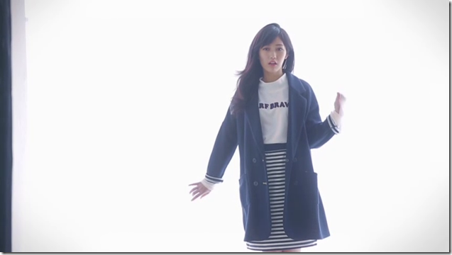 Watanabe Mayu in Onnanoko nara Avail special version.. (28)