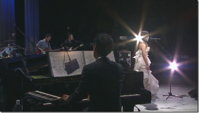 Yakushimaru Hiroko in 35th Anniversary Concert Toki no Tobira.. (22)