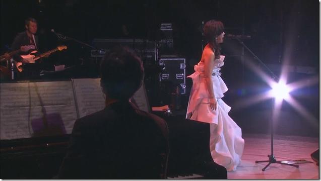 Yakushimaru Hiroko in 35th Anniversary Concert Toki no Tobira.. (8)