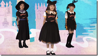 Halloween Dolls in Halloween Party (Dance V) (9)