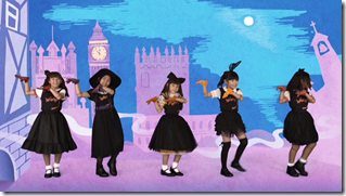 Halloween Dolls in Halloween Party (mv) (31)