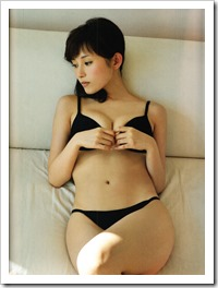 Abe Natsumi fin no hito shashinshuu (69)