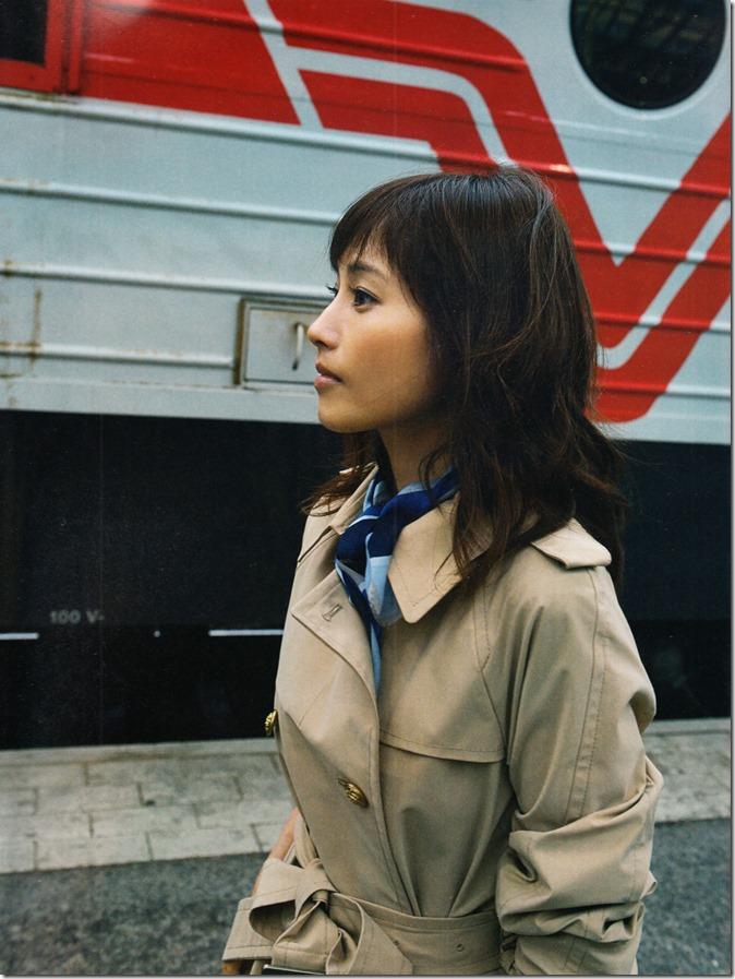 Abe Natsumi fin no hito shashinshuu (6)